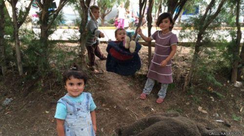 141013083824_ezidi_camp_diyarbakir_624x351_cagilkasapoglu